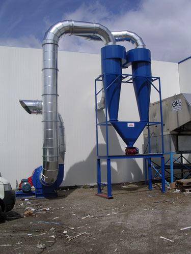 Cyclone separator for aluminum chips