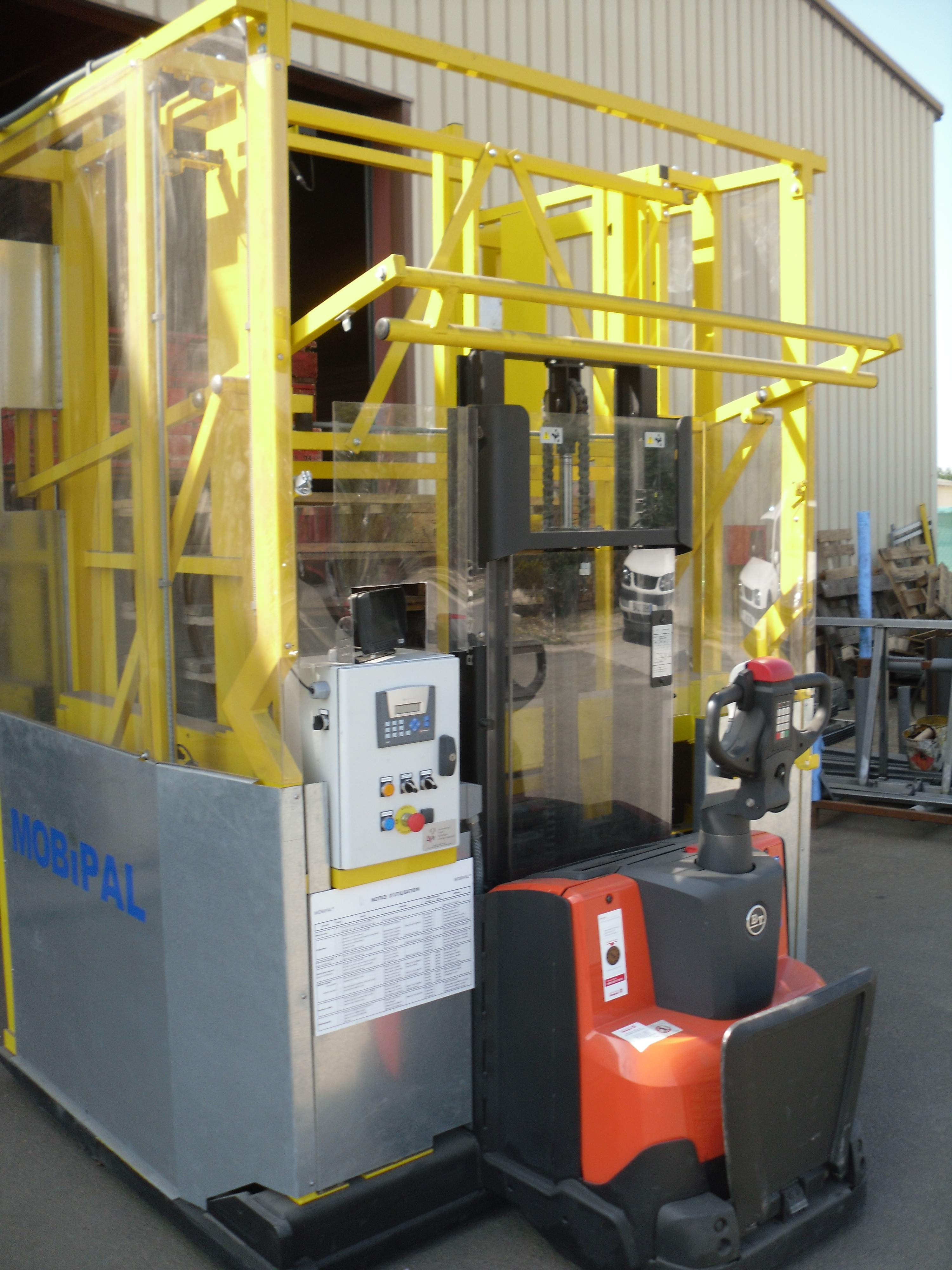 MOBIPAL® - the mobile pallet stacker
